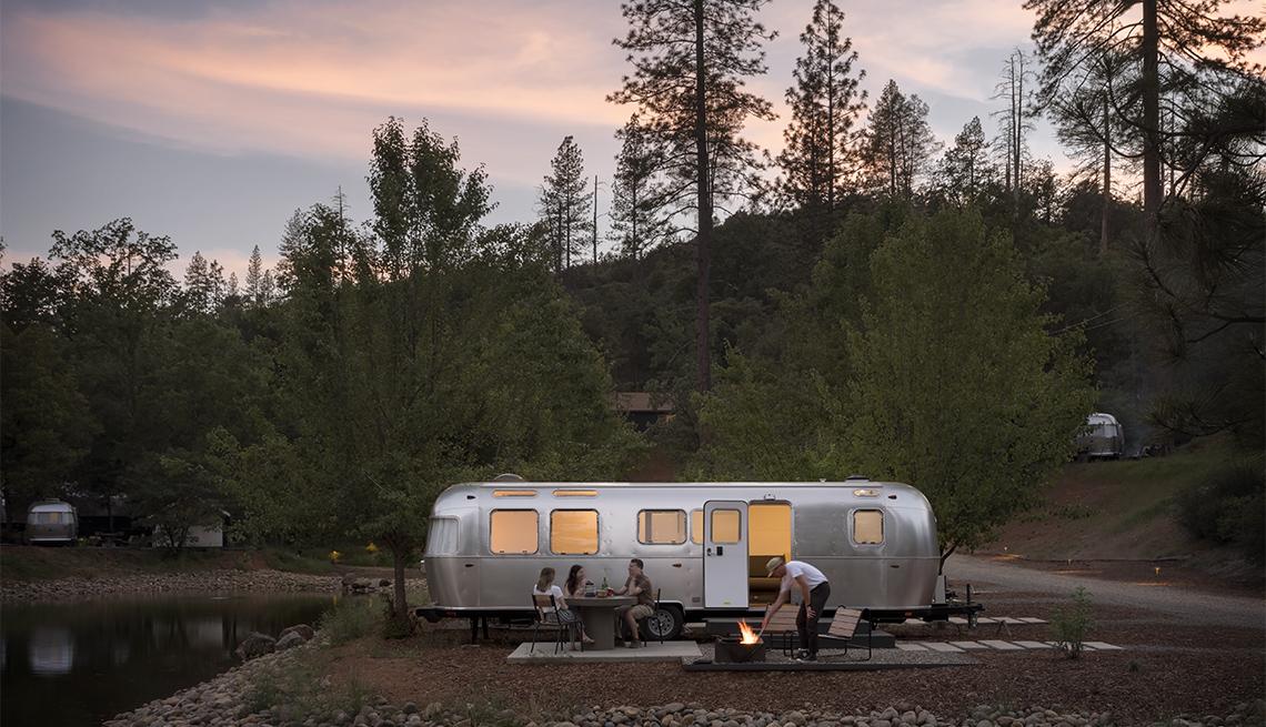 item 9 of Gallery image - Campamento en el Parque Nacional Yosemite