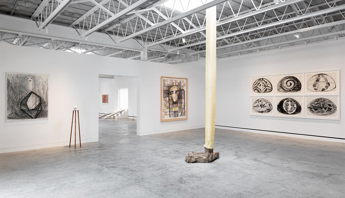 Arte Povera en una sala de exposición