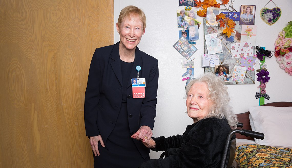 Geriatrician and Physician Christianne Bishop with a female patient