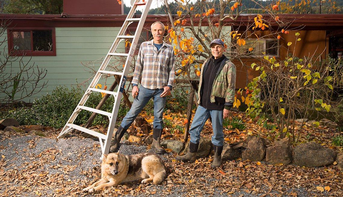 Organic Famers Steve Krieg and Nikki Ausschnitt