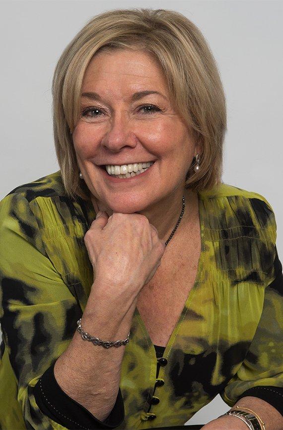 Sharon Emek presidenta de Work At Home Vintage Experts