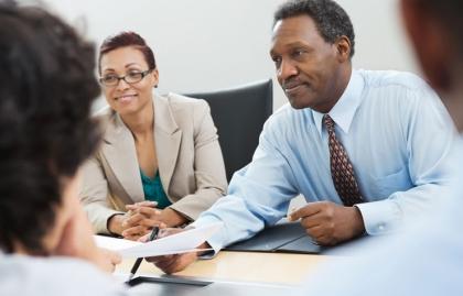 Un solicitante de empleo afroamericano - Mitos de los reclutadores