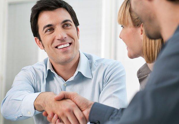 Dar las gracias - Qué hacer (y qué no) a la hora de buscar un reclutador de trabajo
