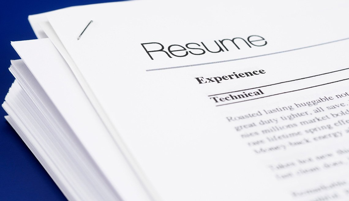 show accomplishments to stand out in a stack of resumes