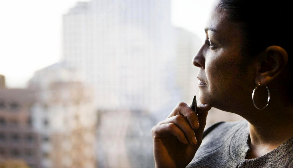 Should I Start a New Business? 6 Questions to Ask Yourself Before You Decide