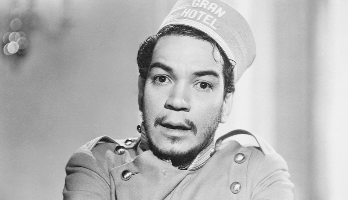 "¿En qué trabajaban antes de ser famosos? Mario Moreno, ""Cantinflas"""