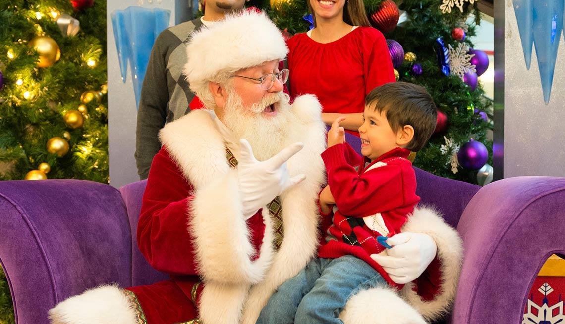 9 trabajos inusuales, pero bien pagados -Santa Claus