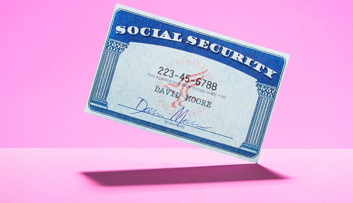 Imagen de una tarjeta del Seguro Social - Seguro Social también ayuda a los cónyuges