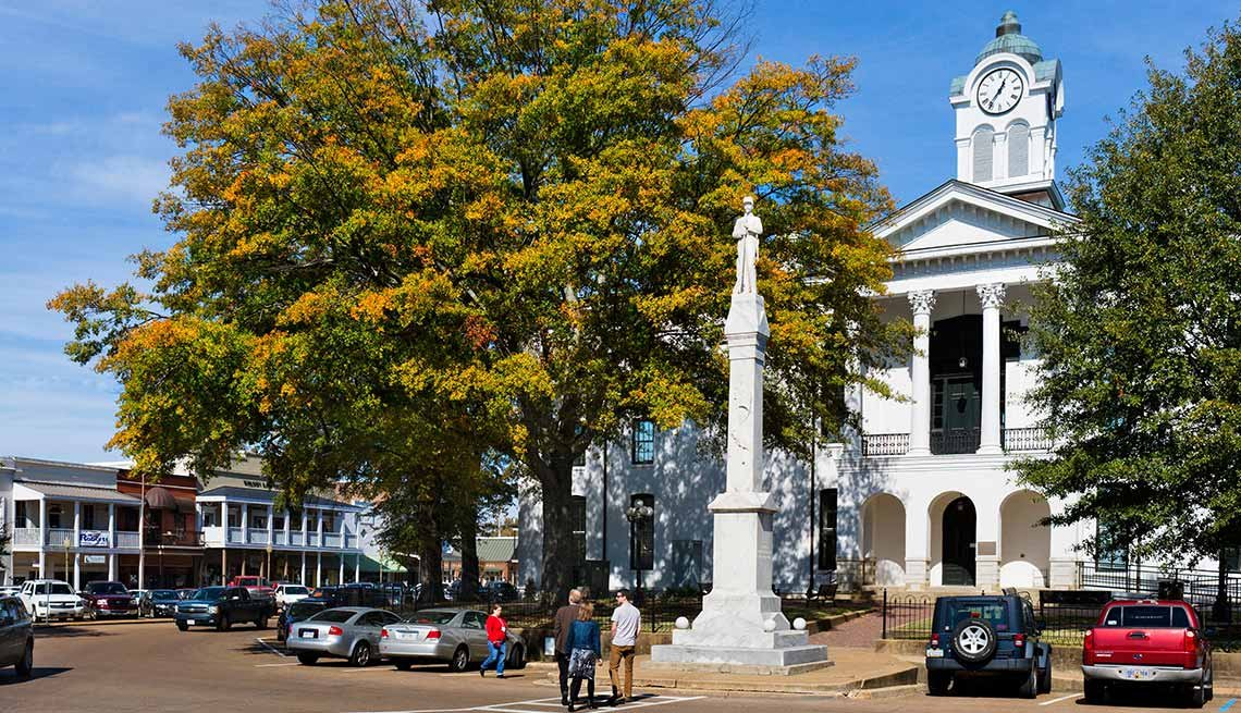 10 Great Places to Live and Learn - Oxford, Miss.