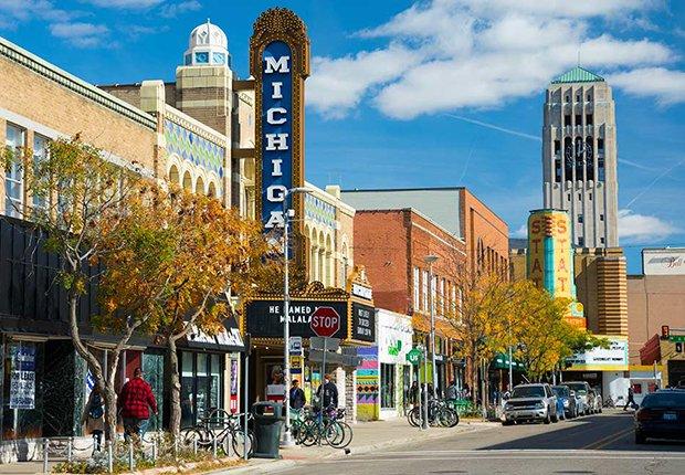 Lugares para vivir la jubilación y aprender - Ann Arbor, Mich.