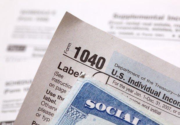 Forma 1040 de impuestos - Preguntas sobre el seguro social