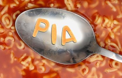 Cuchara sobre una sopa de letras - Acrónimos del Seguro Social
