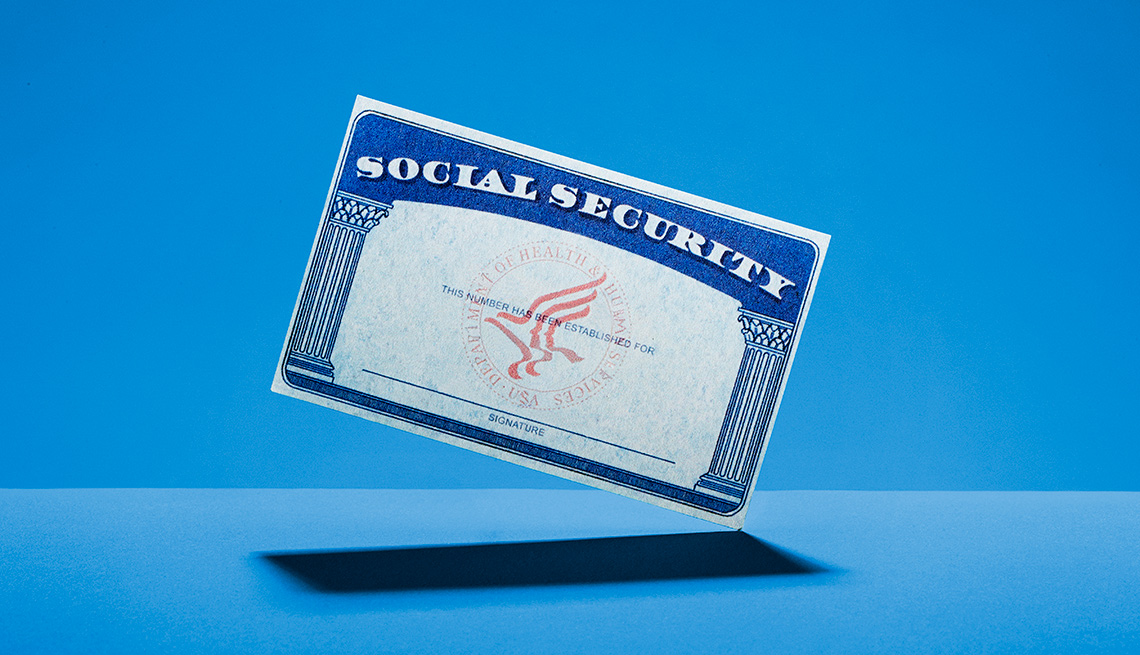 Tarjeta del seguro social en un fondo azul