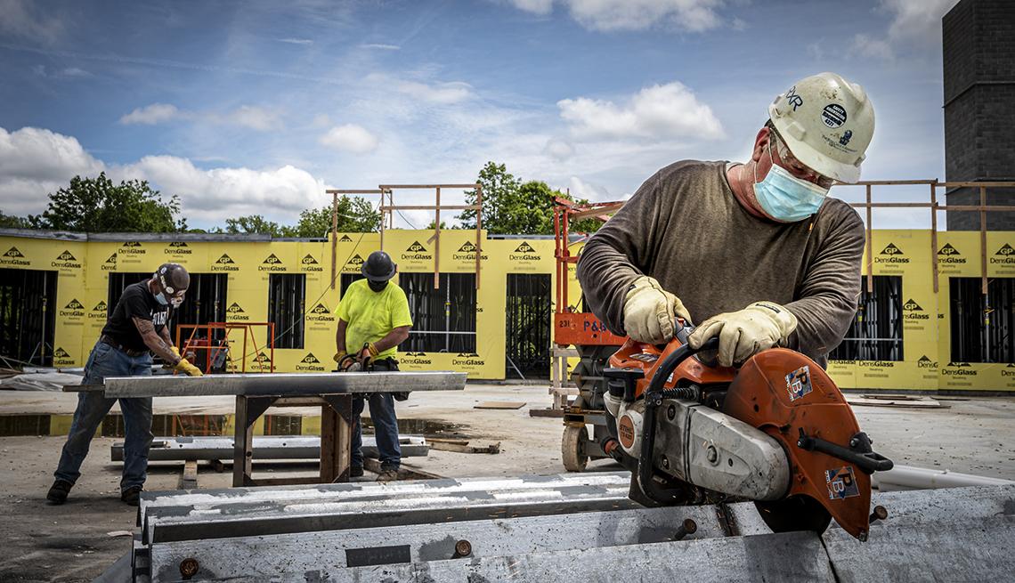Trabajadores en una construcción, Glenwood Landing, N.Y.