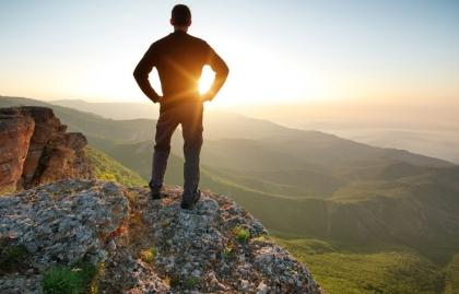 Hombre encima de la montaña, Emilio Estefan fiel a ti mismo