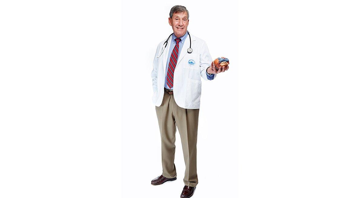 Bruce Chabner, M.D., es el director de la clínica de investigación del Hospital General de Massachusetts