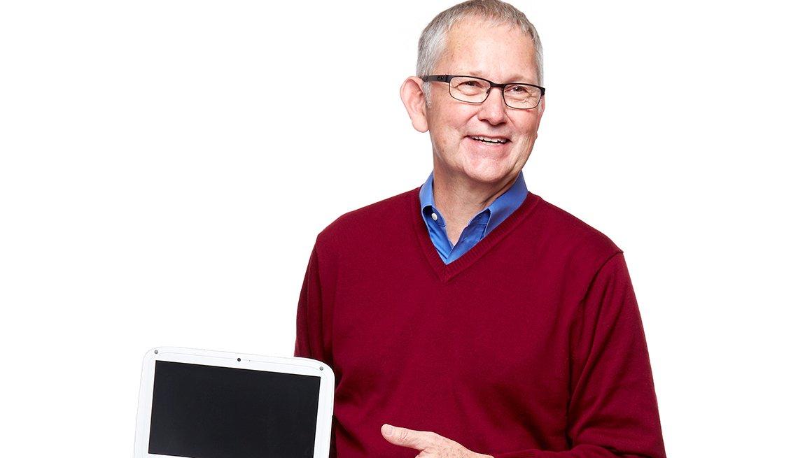 Noel Durrant a los 59 educa en el uso de la tecnología a profesores en países en vía de desarrollo.