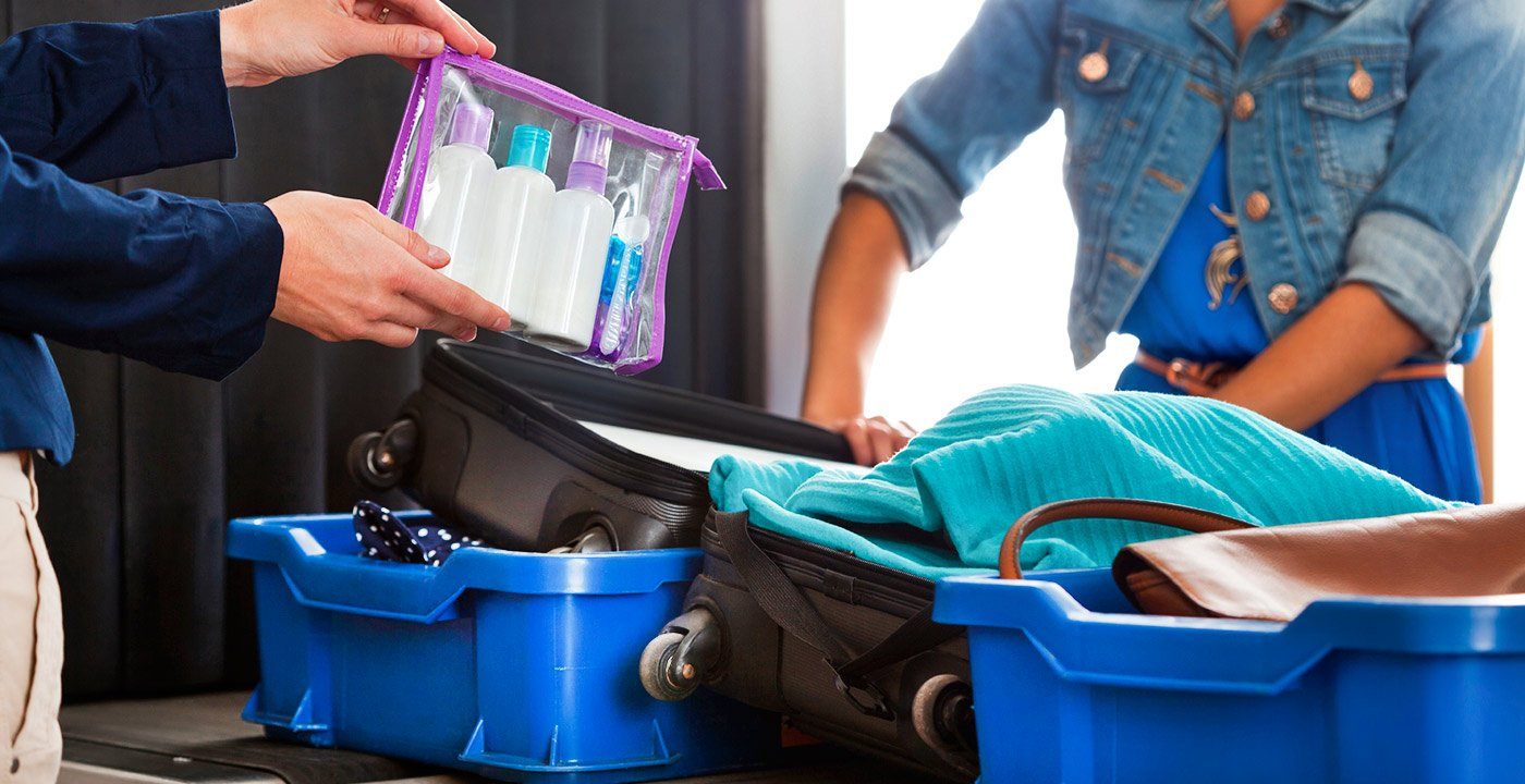Your stuff in the security line The 3-1-1 liquid rule still applies: There's a limit of 3.4 ounces (100 milliliters) per container, containers go in a 1-quart clear plastic zip-top bag, and one bag per passenger gets placed in a screening bin. Take your laptop out of your carry-on. (Tablets and e-readers can stay packed.)