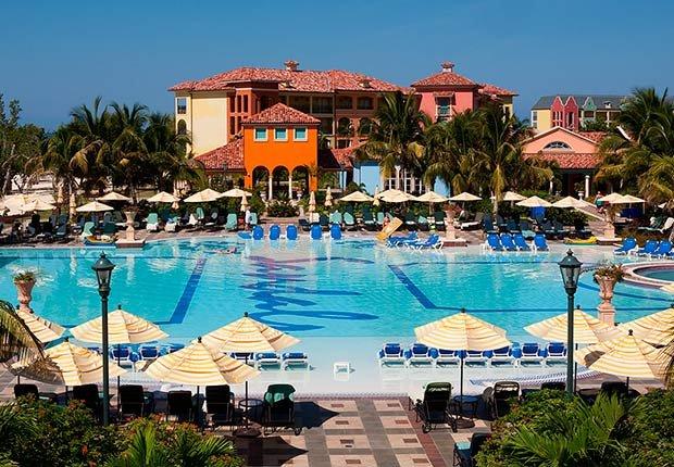 Lugares inesperados donde volver a enamorarse - Sandals Resorts