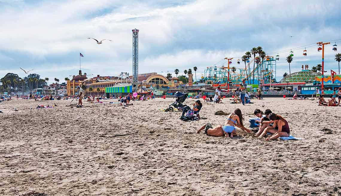beach at the Santa Cruz Amusement park
