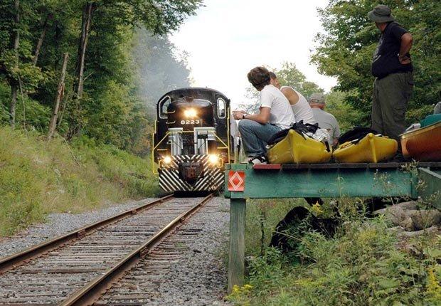 Tranvia Adirondack Scenic, Nueva York - Los 10 mejores viajes en tren para este otoño en Estados Unidos