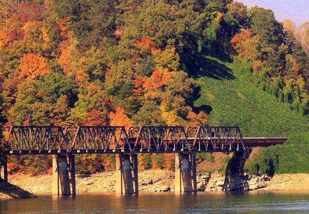 Tranvia Great Smocking Mountains, Carolina del Norte - Los 10 mejores viajes en tren para este otoño en Estados Unidos