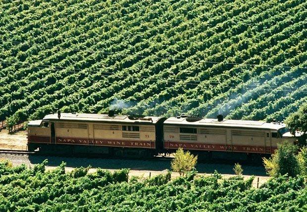 Tren de Napa Valley en California - Los 10 mejores viajes en tren para este otoño en Estados Unidos