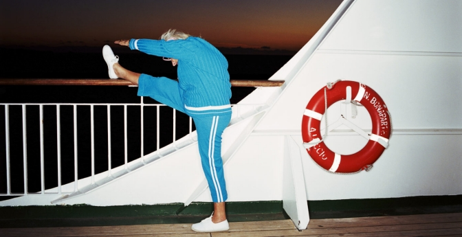 Being health-conscious will ensure that you don't gain unwanted weight while on a cruise.