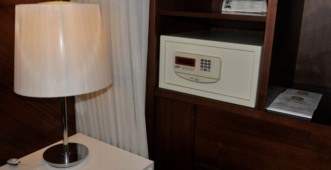 Hotel room safes aren't necessarily safe.