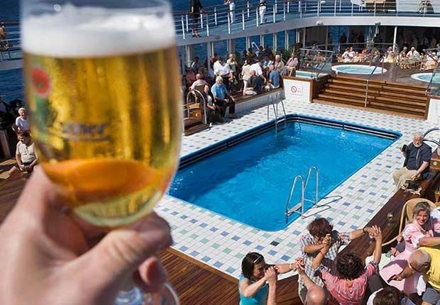 Cerveza de barril en un crucero - Destinos asequibles para el invierno