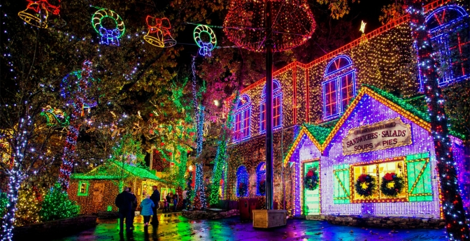 Best Holiday Light Displays Across The U S