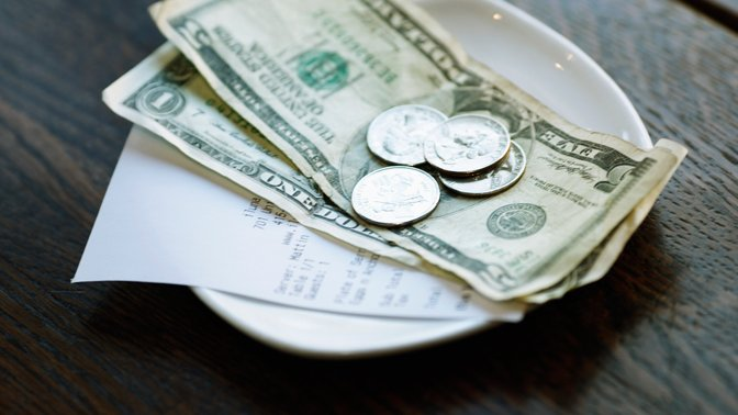 Whom do you have to tip when you travel and how much?