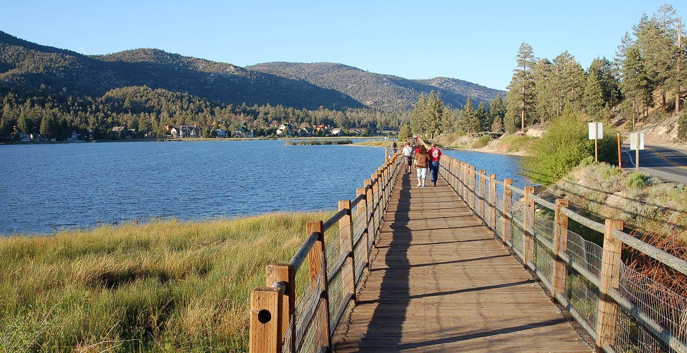 Weekend getaways things to do in big bear aarp for Weekend getaway near los angeles