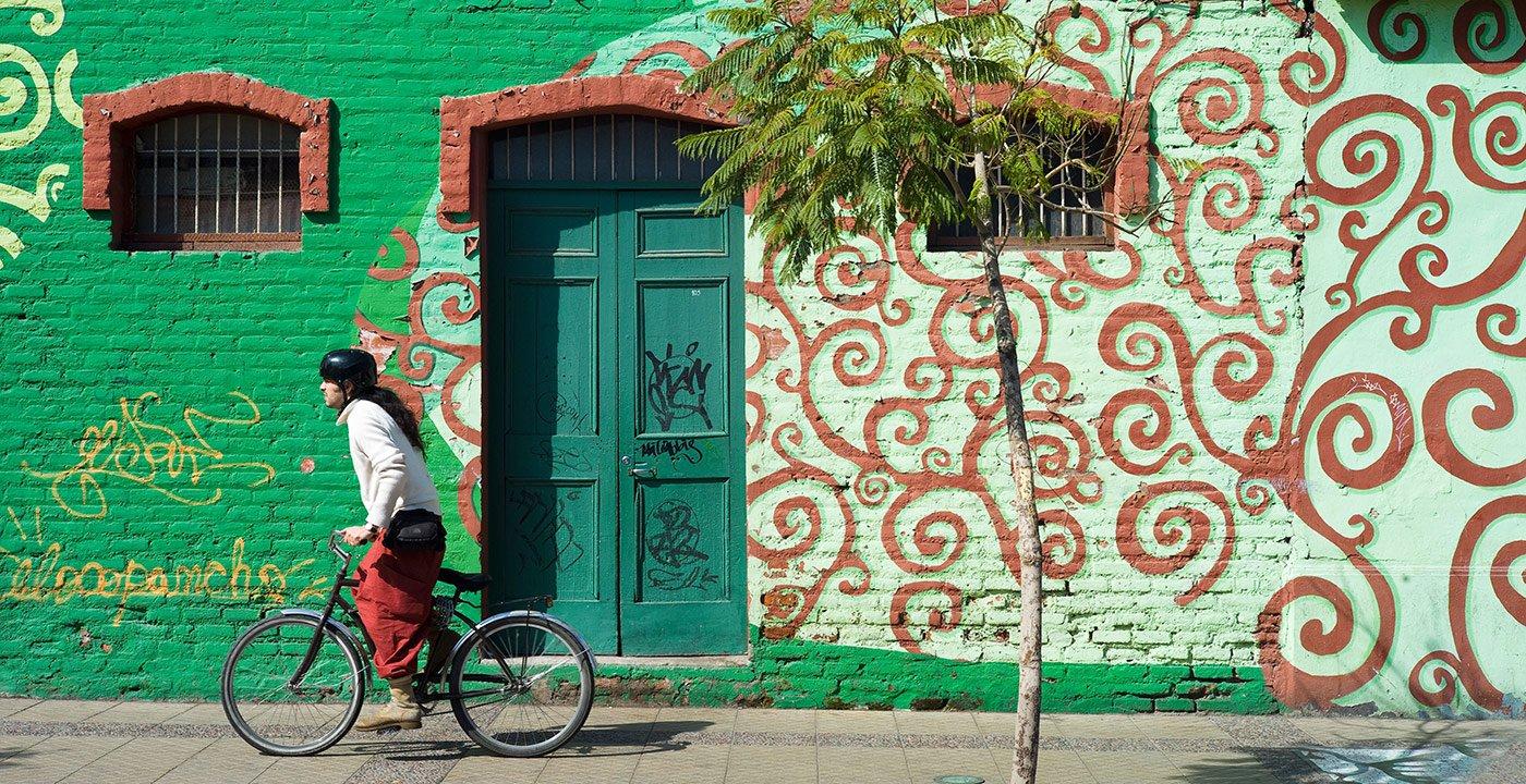 Cafes and Shops Invite Strolling in Bellavista