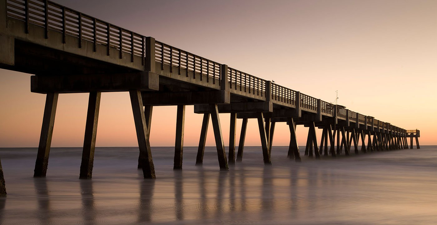 Jacksonville vacation travel guide and tour information for Jacksonville fishing pier
