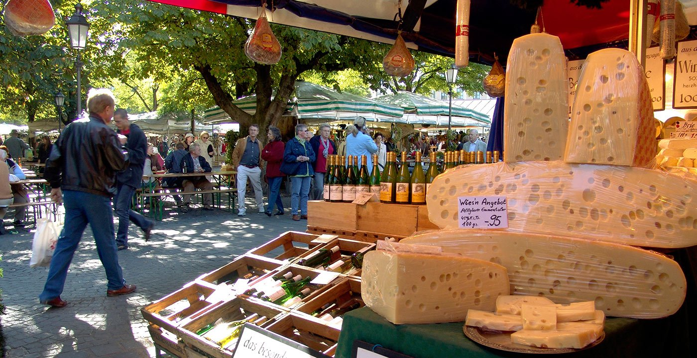 Head to Viktualienmarkt on Market Day