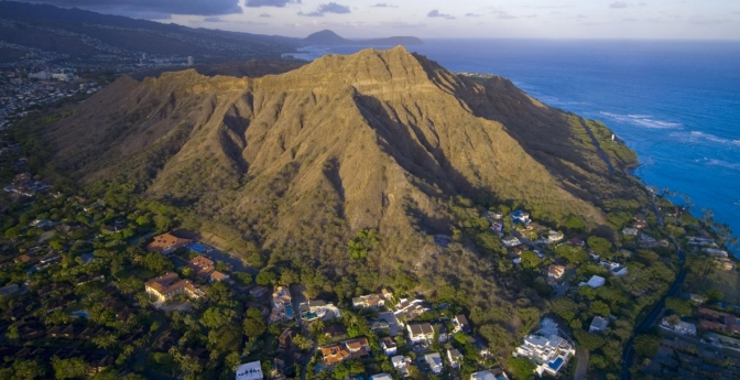 Diamond Head: Iconic Panorama of Oahu