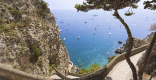 Capri Mountain Pass
