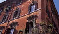 Wander Through Colorful Trastavere