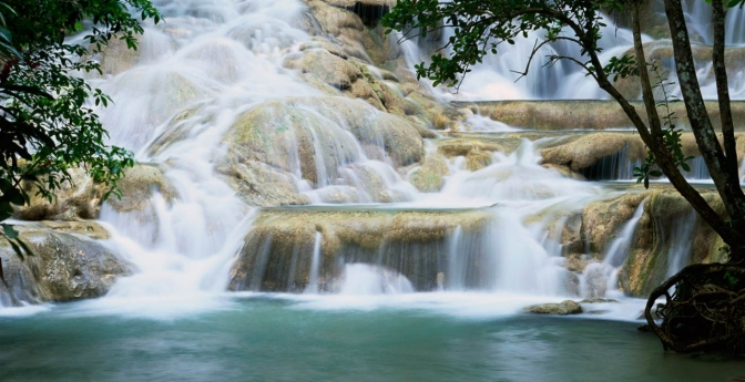 Dunn's River Falls: Real-Life Postcard Scene
