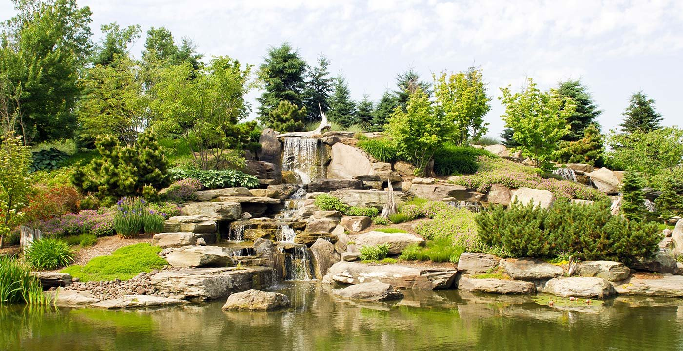 Grand rapids vacation travel guide and tour information Frederik meijer gardens