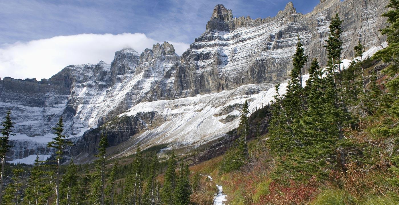 Scenery Never Stops on the Iceberg Lake Trail