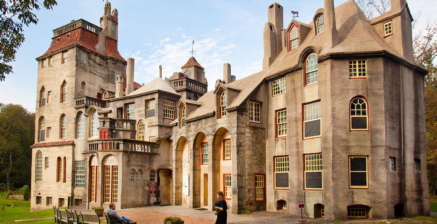 A Dazzling Castle Full of Art