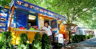 Food-cart restaurants in Portland, OR