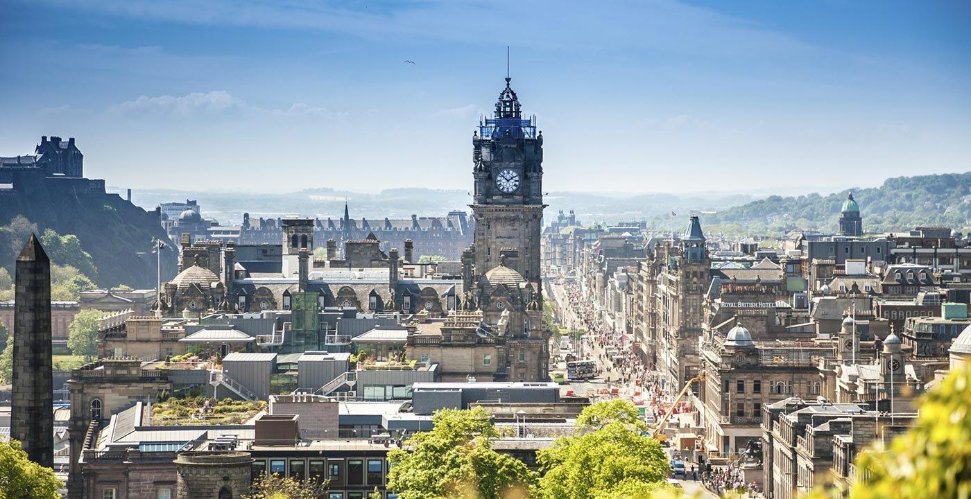 Scotland Travel Guide Book