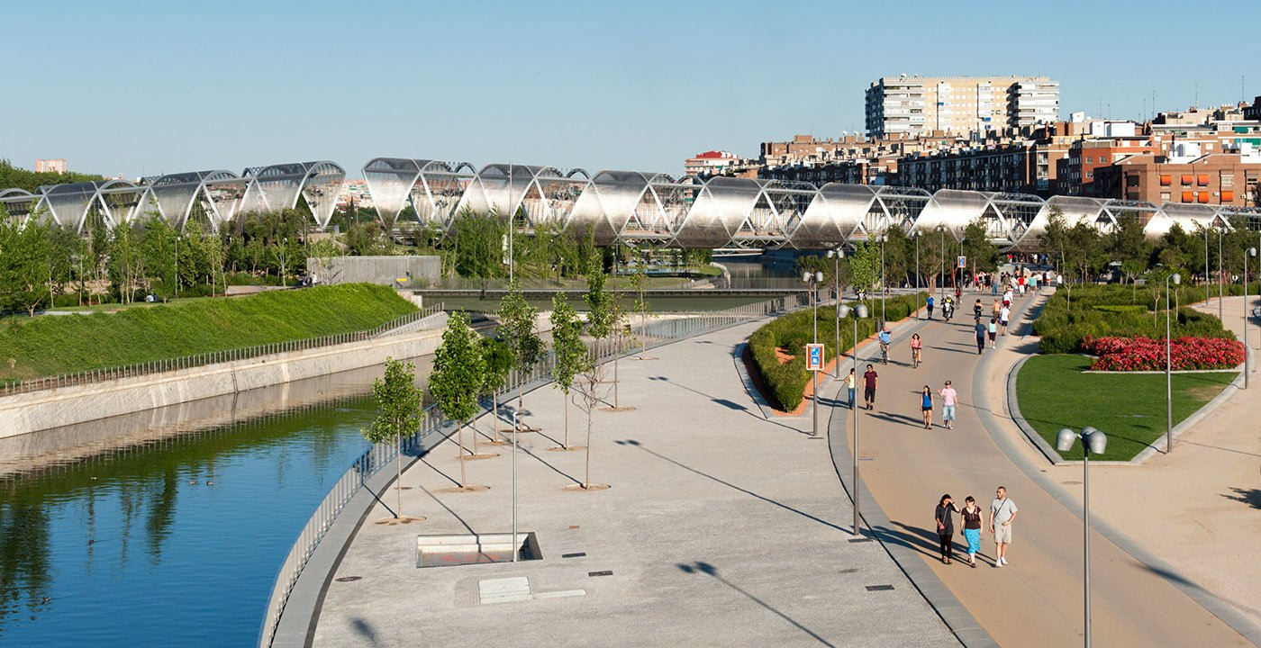 Madrid Río: A Park by the Manzanares
