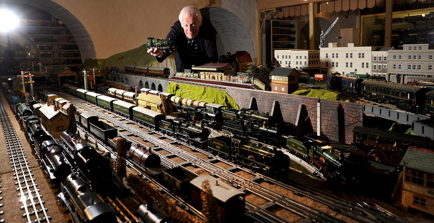 Toy Trains and Teddy Bears